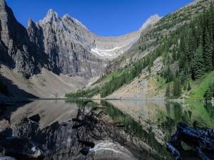 Postal: Lago Agnes, en el Parque Nacional Banff (Alberta, Canadá)