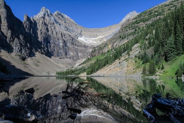 Lago Agnes, en el Parque Nacional Banff (Alberta, Canadá)