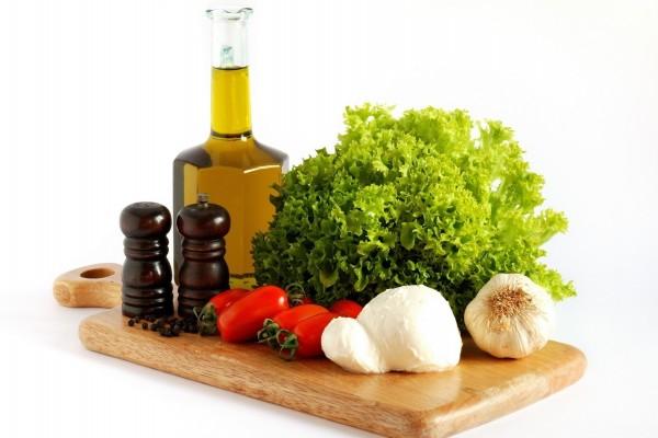 Ingredientes para preparar una ensalada