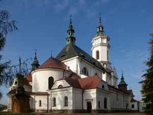 Iglesia de San Miguel, Ostrowiec, Polonia