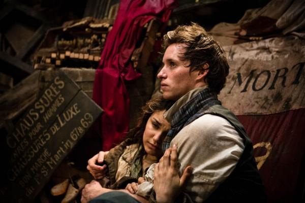 """Los actores Eddie Redmayne y Samantha Barks en """"Los Miserables"""""""