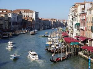 Canal Grande visto desde el puente de Rialto (Venecia)