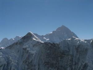 El Makalu, marcando la frontera entre Nepal y Tíbet
