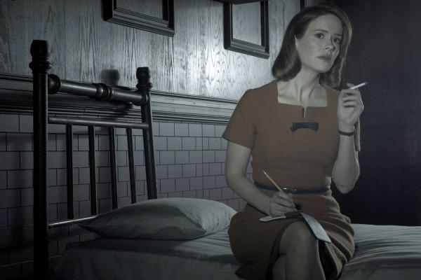 """Sarah Paulson interpreta a Lana Winters en """"American Horror Story: Asylum"""""""