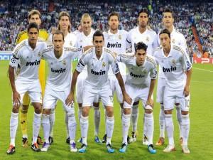 Postal: Alineación del Real Madrid (2012)