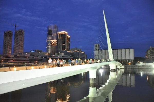 Puente de la Mujer, Ciudad de Buenos Aires, Argentina