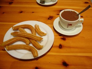 Postal: Churros con chocolate