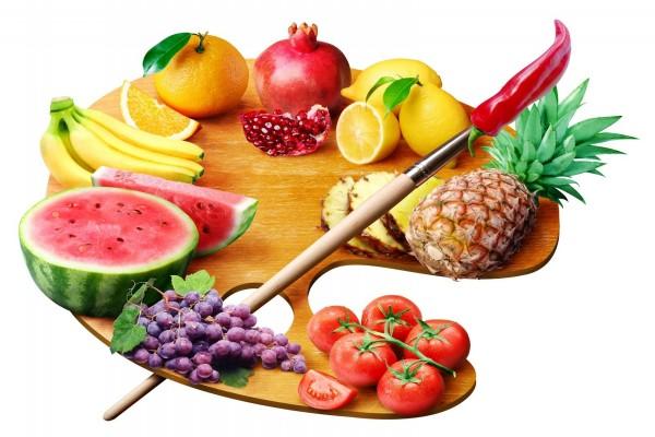 Paleta de pintor con frutas