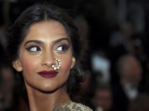 Postal: La actriz india Sonam Kapoor