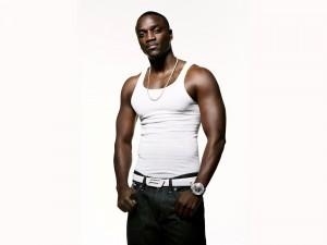 Postal: Akon