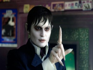 """Postal: El vampiro Barnabas Collins (Johnny Depp) en """"Sombras tenebrosas"""" (Dark Shadows)"""