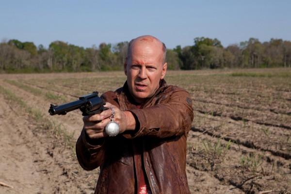 "Bruce Willis interpreta al Joe Simmons del futuro en ""Looper"""