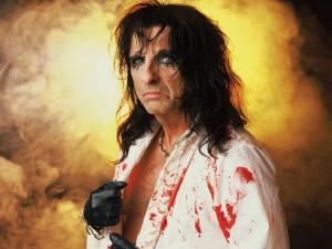 Postal: Alice Cooper sangriento