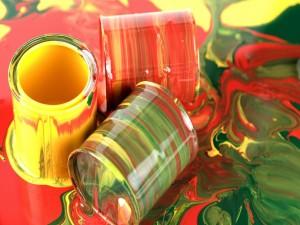 Postal: Botes de pintura de colores