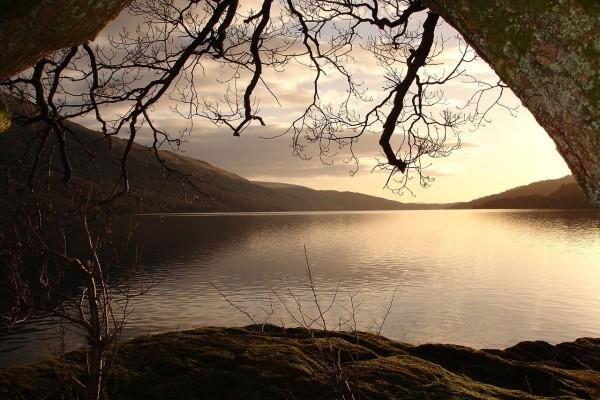 Vista del Lago Lomond, Escocia