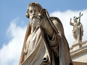 Postal: Estatua de San Pablo, en el frente de la Basílica de San Pedro, en Ciudad del Vaticano