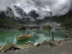Vista del lago Bondhus, en Noruega