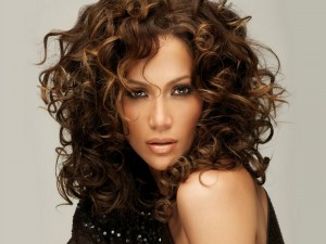Postal: Una explosiva Jennifer Lopez