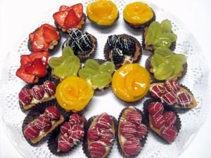 Pasteles variados de frutas