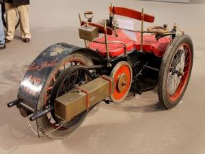 Postal: Triciclo Léon Bollée