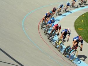 Postal: Competición de ciclismo en pista en Calgary, Canadá