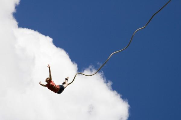 Salto mirando al cielo
