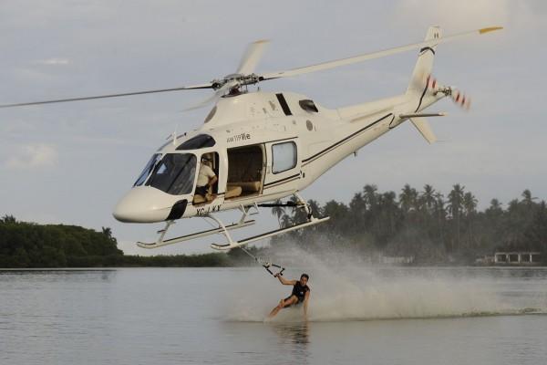 Esquí acuático con helicóptero