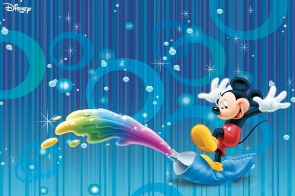 Mickey y la pintura de colores
