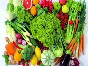 Postal: Selección de frutas, verduras y hortalizas frescas
