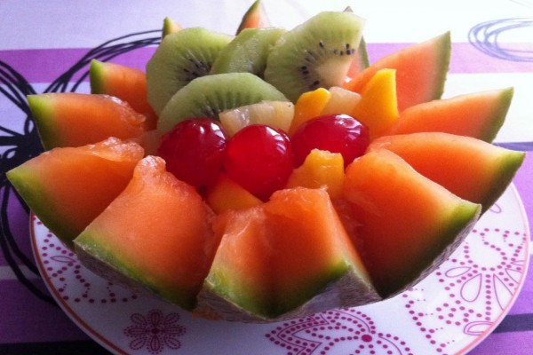 Melón naranja con otras frutas