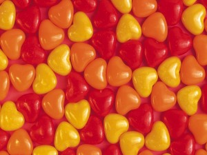 Postal: Corazones de caramelo