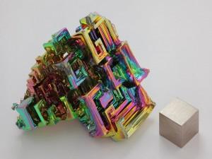 Postal: Cristal de bismuto