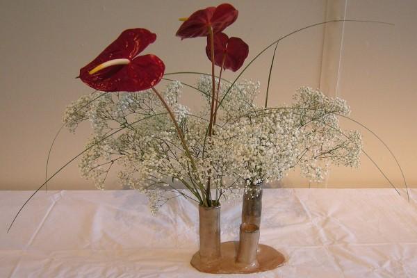 Ikebana por Mike Ross, en una exhibición en el Seattle Center, Washington