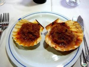 Vieiras cocidas ó Albariño, Galicia