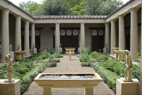 Jardín romano en la Casa de los Vettii, Pompeya