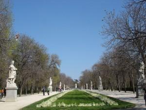 Postal: Paseo de las Estatuas