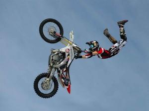 Postal: Salto de motocross
