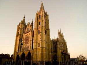 Postal: Catedral de León (España)