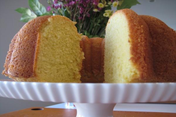 El interior de un rico bundt cake