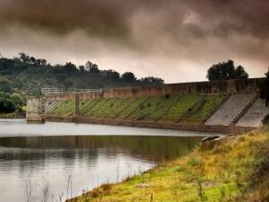 Postal: Vista de la presa romana de Cornalvo