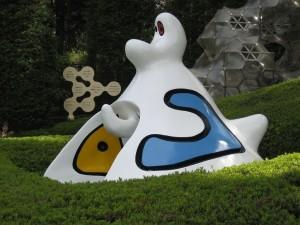 Postal: Escultura de Joan Miró al aire libre (Museo Hakone, Tokio)