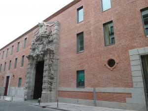 Fachada sureste del Cuartel del Conde-Duque de Madrid (España)