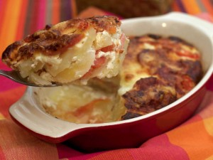 Postal: Pastel de patata, tomate y huevo