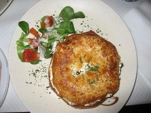 Bagel servido en un restaurante de París