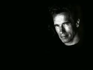 Postal: Arnold Schwarzenegger