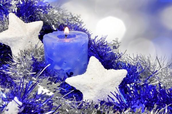 Vela azul navideña