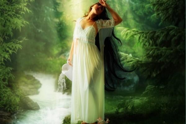 Mujer en el bosque