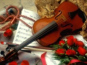 Postal: Violín y rosas