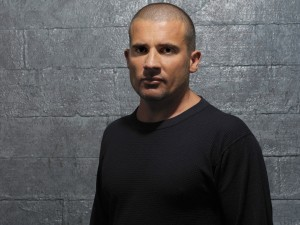 Postal: Dominic Purcell