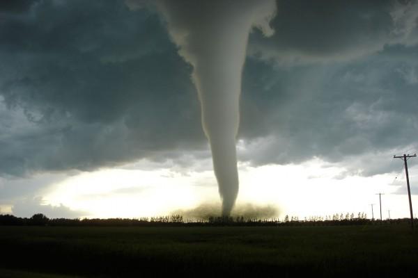 Imagen de un tornado de categoría F5